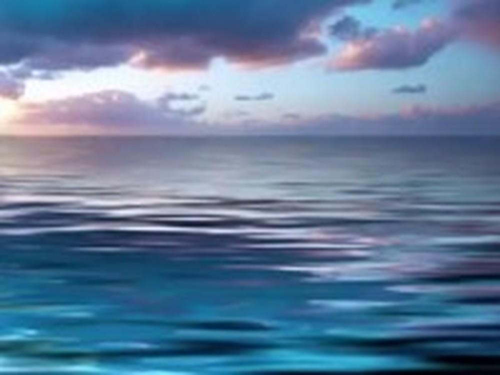 Jesus Walks on Water - an Inspirational Message