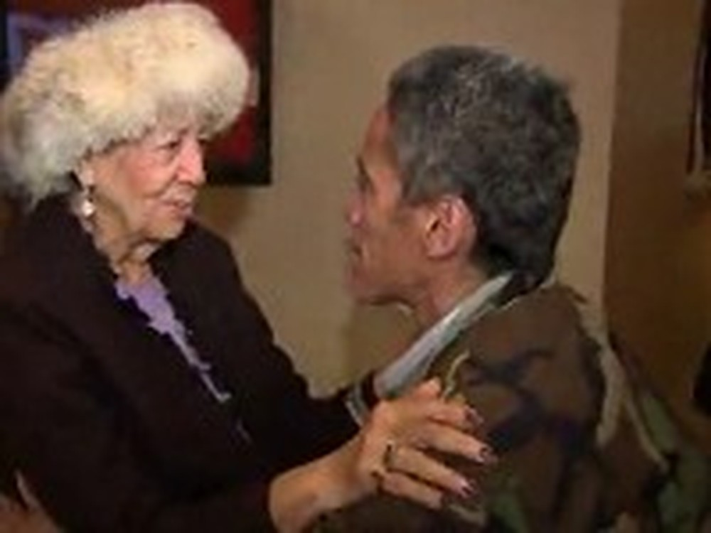 Homeless Man Reunites with his Mother - Heart Wrenching