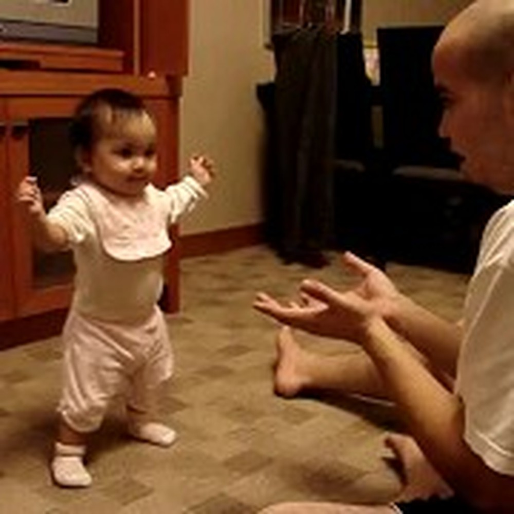 Mommy Catches her Baby's First Steps on Tape