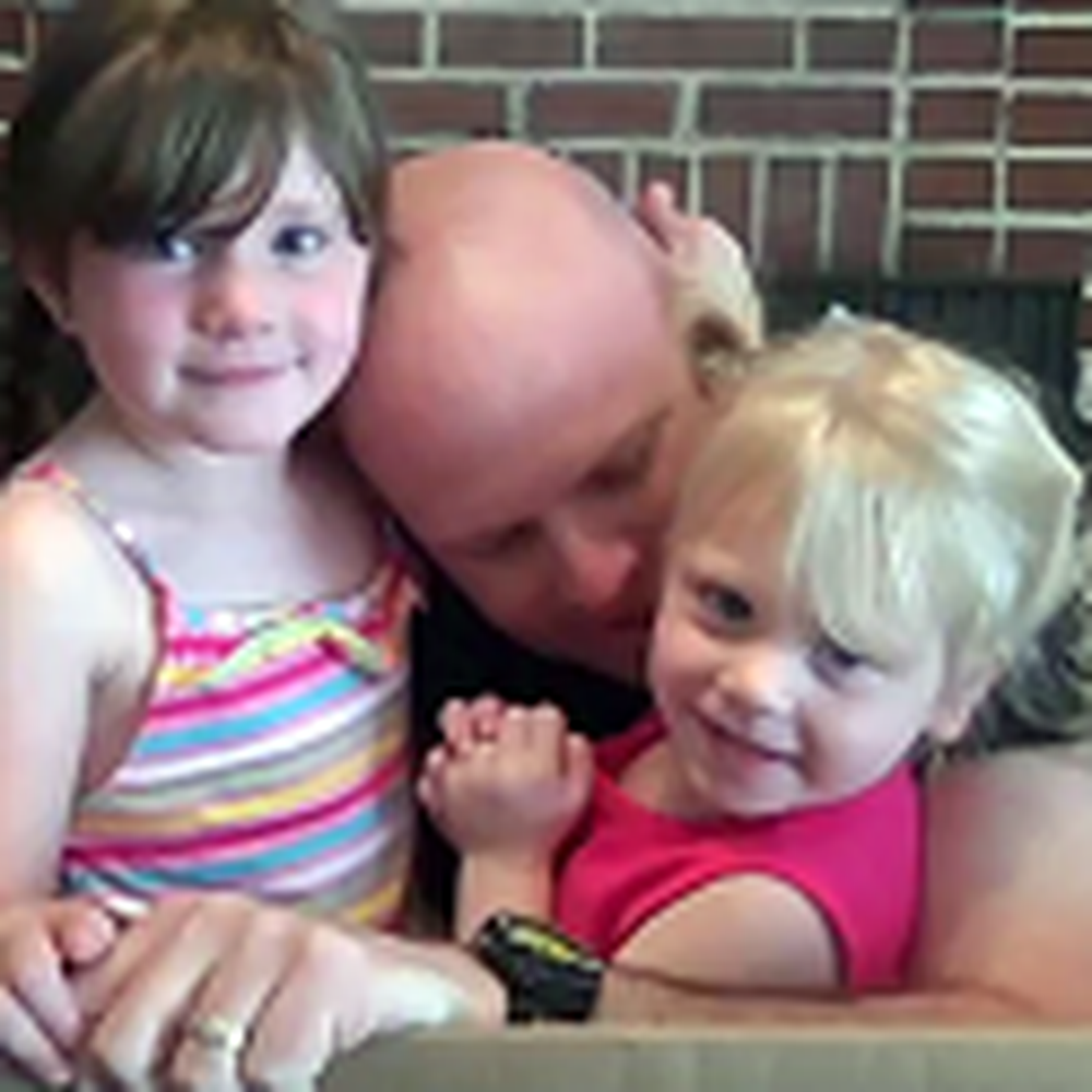 Soldier Daddy Surprises his Girls by Hiding in a Box
