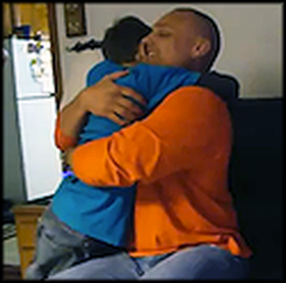 Boy has a Priceless Reaction When His Navy Father Surprises Him