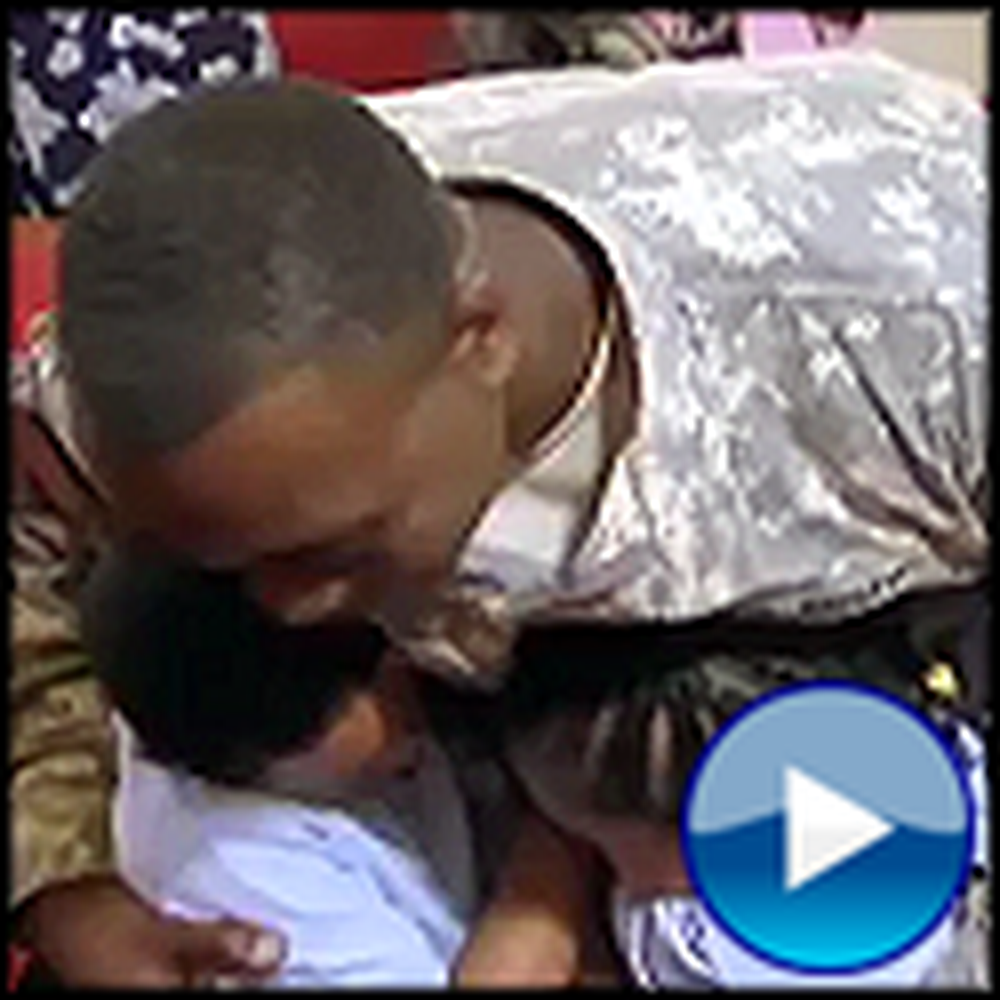Soldier Comes Home and Surprises his Children at Church