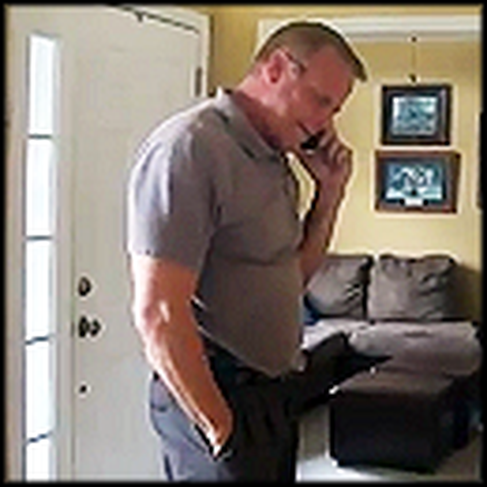Dad Breaks Down in Tears When his Son in Law Returns from Kuwait