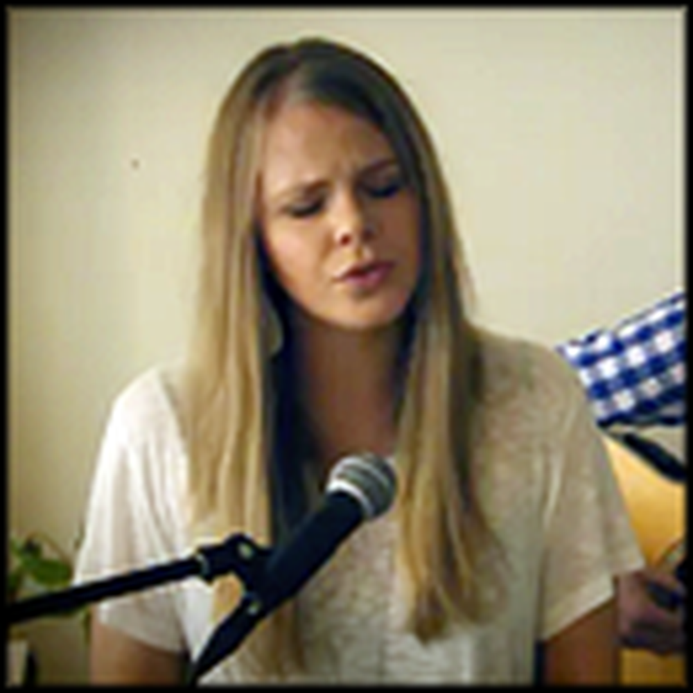 An Acoustic Live Version of Hallelujah That'll Sooth Your Soul