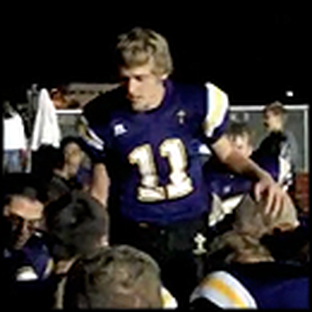 The Prayer this High Schooler Leads his Team in is Awesome