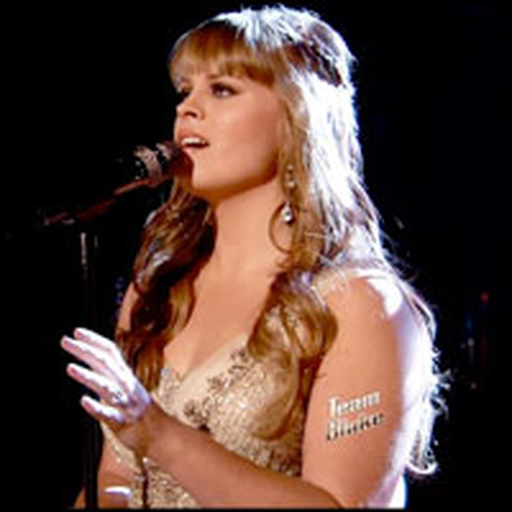 The Voice Contestant Bravely Sings How Great Thou Art on National Television