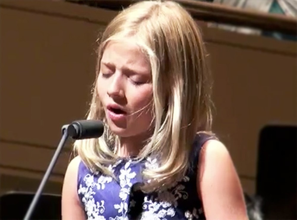 Listen to Jackie Evancho's Heart-Stopping Version of The Lord's Prayer - WOW