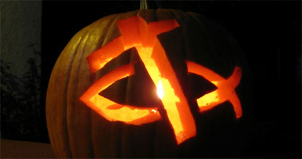 These Christian Jack O'Lanterns Are a New Twist on Fall Decorations