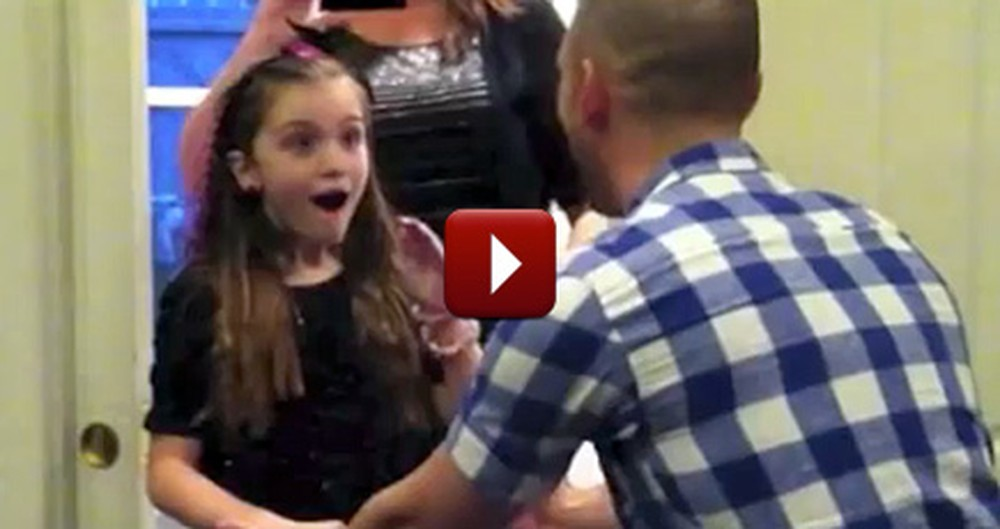 Christmas Came Early for This Little Girl - Her Soldier Brother Came Home