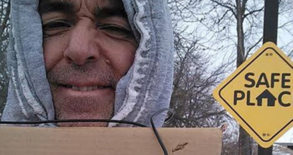 This Man Looks Homeless, But What He is Actually Doing is Amazing.