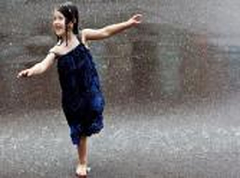 A Little Girl's Reaction to Thunder Will Bring a Smile to Your Face