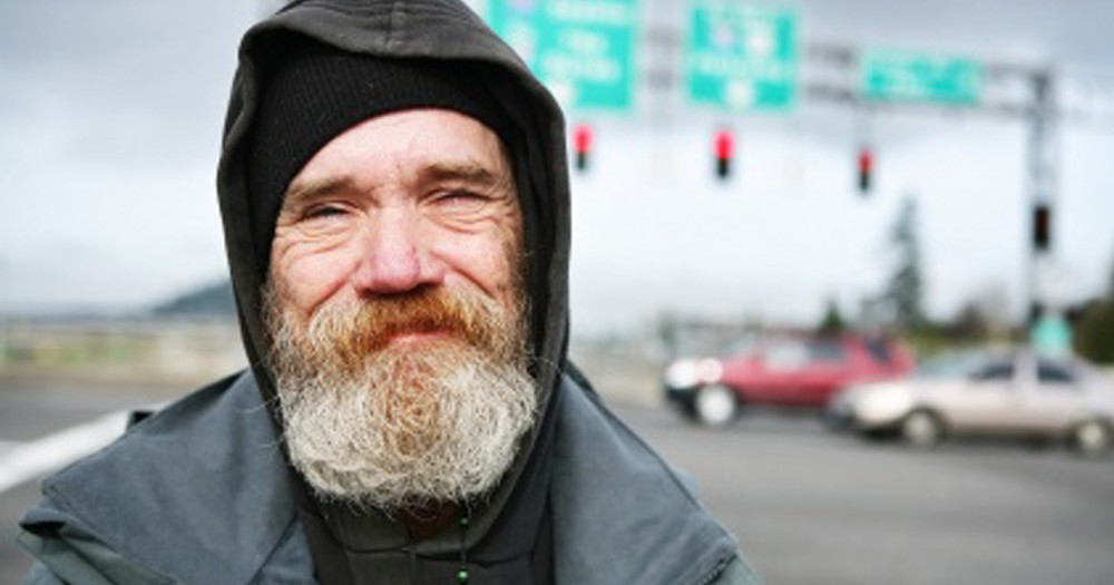 Homeless Man is an Angel Who Risked His Life to Save Many!