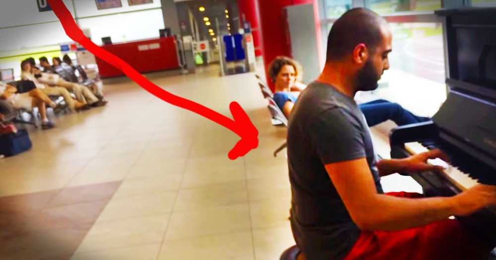 What This Man Does For His Fellow Travelers Is AWESOME! I Wish I'd Seen This Surprise Concert.