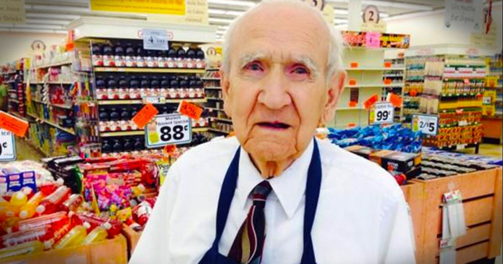 When You Hear What This 94 Year Old Grocery Bagger Got On His Last Day, You'll Be Shocked. Tissues!
