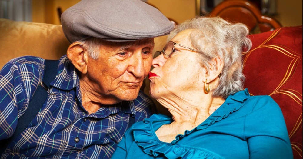 War Separated A Couple For Decades But Then God Performed A Christmas Miracle.