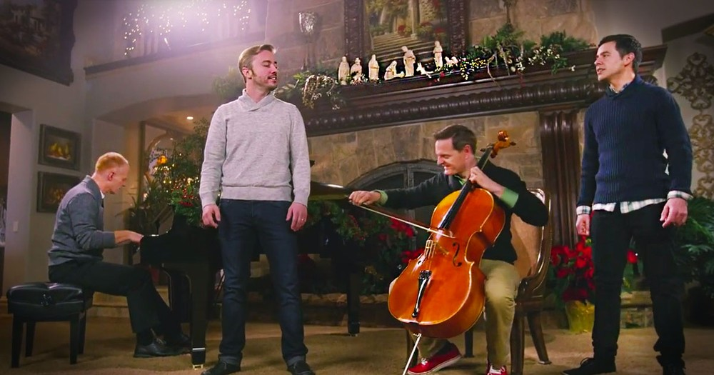 Piano Guys, Peter Hollens, and David Archuleta and 1,000 Perform 'Angels We Have Heard On High'