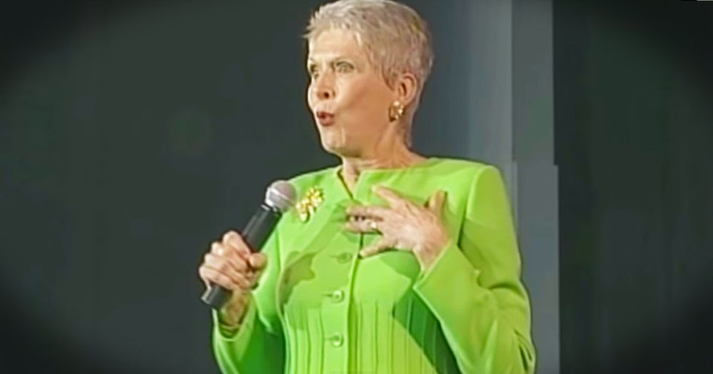 Comedian Jeanne Robertson's Hilarious Account of Her Husband vs. a Nighttime Intruder