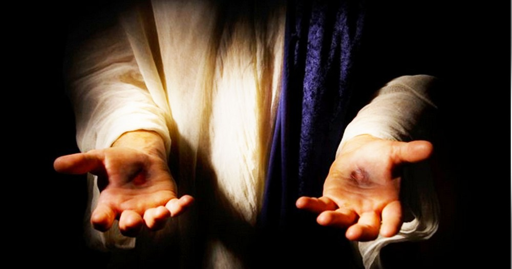 Here Are 8 Things You'll NEVER Hear From God