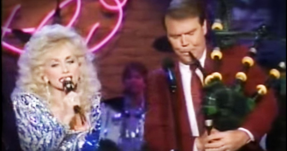 Dolly And Glenn Campbell's 'Amazing Grace' Will Wow You!