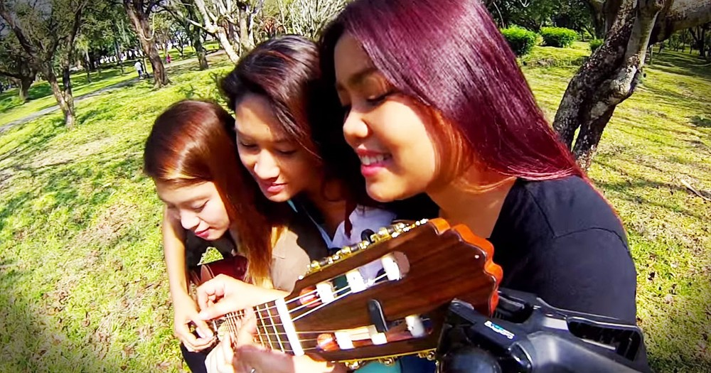 3 Friends, 6 Hands, 30 Fingers, 1 Guitar. . . AWESOME!