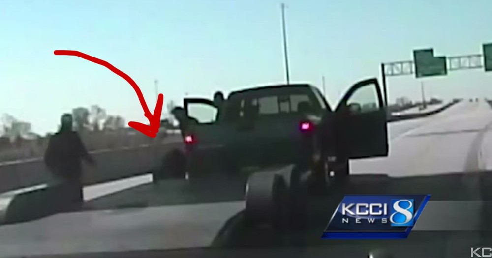 He Thought It Was A Fight On The Freeway, The Truth Had Good Samaritans Jumping Into Action!
