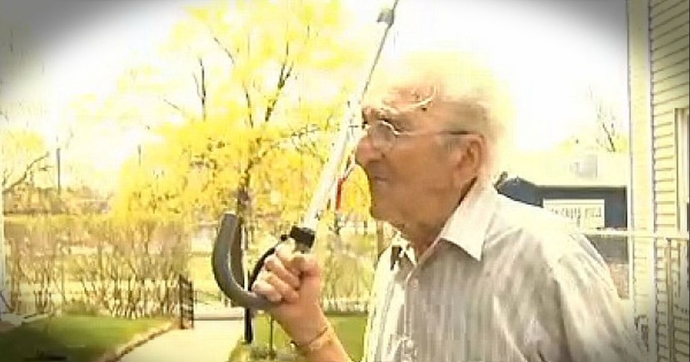 This Veteran Was Running Errands For His Wife When A Mugger Attacked. What The 95-Year-Old Did Next