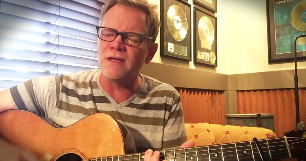 Steven Curtis Chapman Sings Emotional Prayer For Charleston.