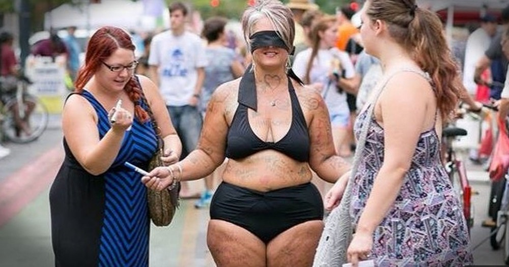 Mom Shocked Strangers With A Lesson About 'Fat' And Love!