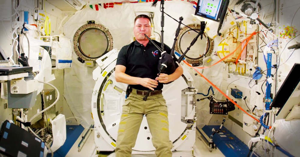 Astronaut Playing 'Amazing Grace' On Bagpipes Is Out Of This World
