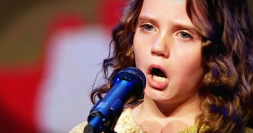 Talented Little Girl Left the Judges Speechless and Gets a Standing Ovation