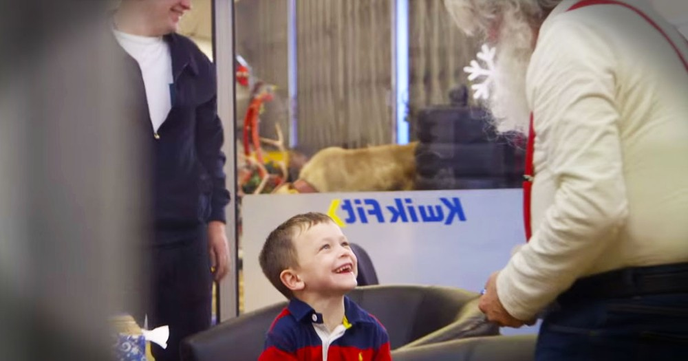 Bored Kids Get Precious Santa Surprise
