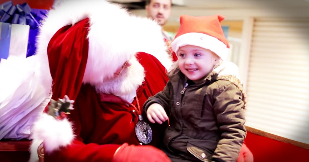 Santa Signing For A Little Girl Who Can't Speak Will Warm Your Heart