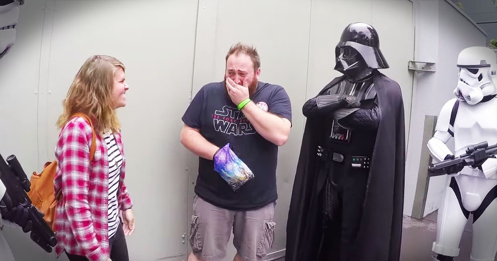 Star Wars Pregnancy Surprise Is Too Cute To Miss