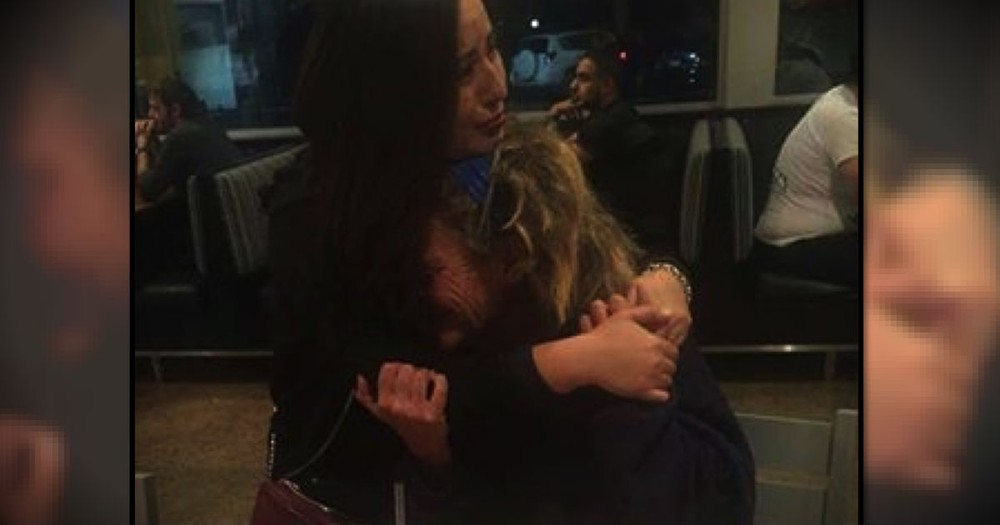 The Reason She's Hugging A Crying Stranger Is Truly Beautiful!