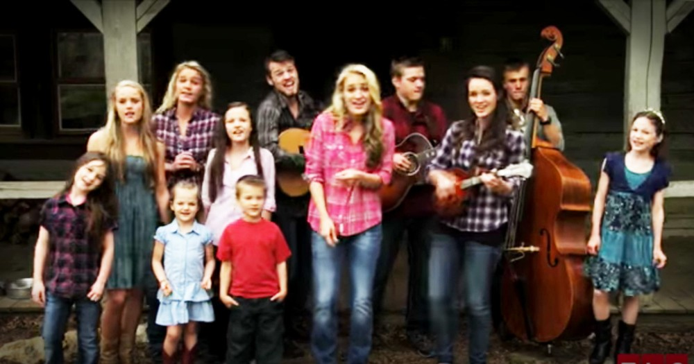 Willis Family's Original Song '100 Times Better' Is Too Cute