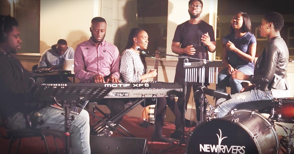 Hymn Mashup Will Move You To Praise