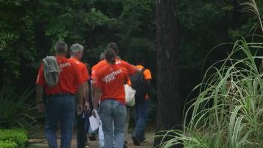 Volunteers Bring Peace to Flooded Houston