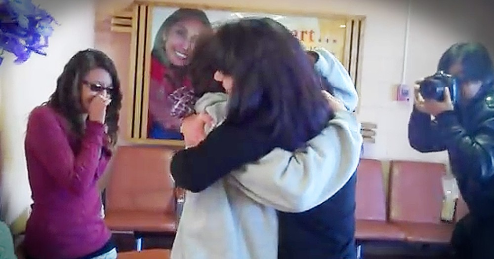 Mom Reunites With Daughter She Gave Up 34 Years Ago