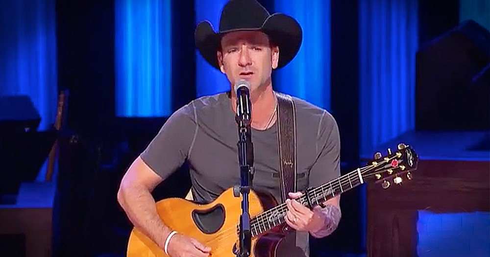 Craig Campbell Performs Powerful Song 'Outskirts Of Heaven' At Grand Ole Opry