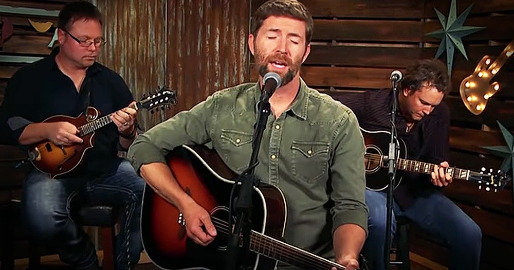 Country Singer Josh Turner Covers Classic Randy Travis Song 'Three Wooden Crosses'