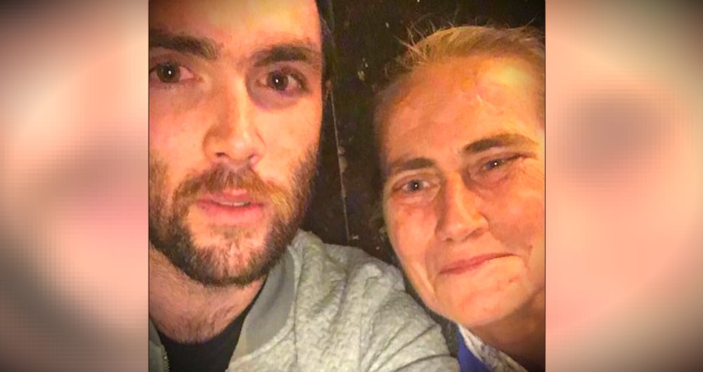 Restaurant Won't Give Water To A Homeless Woman, So He Steps In