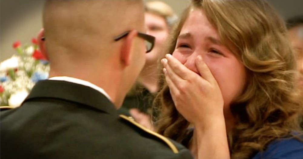 Military Father Surprises Daughter At School Ceremony