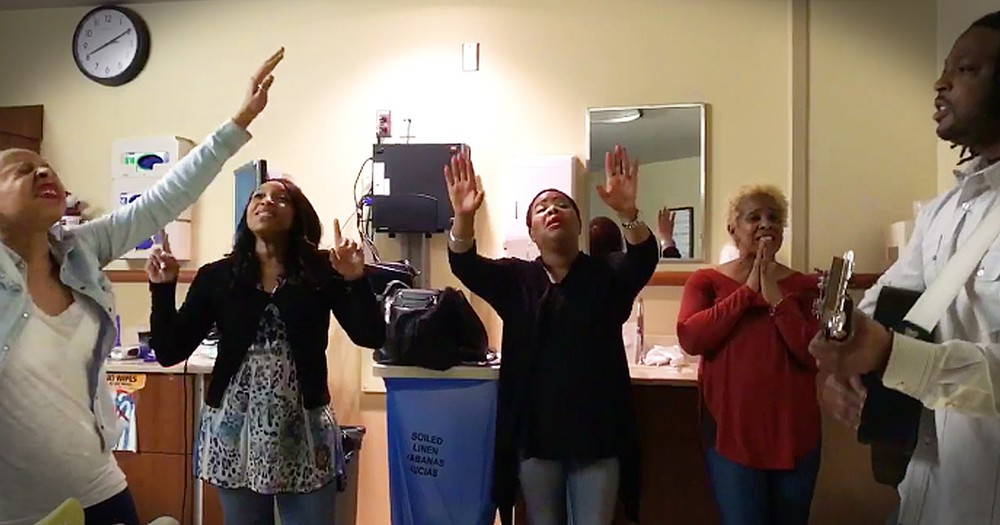 5 Talents Sing Acoustic Rendition Of 'Good Good Father' At The Hospital With Loved One