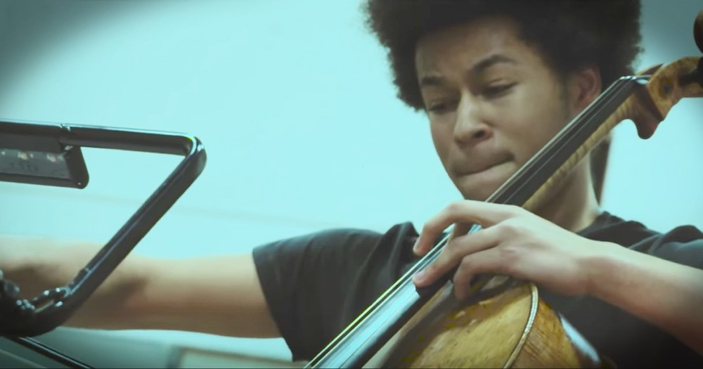 17-Year-Old Cellist Plays New Arrangement Of 'Hallelujah'