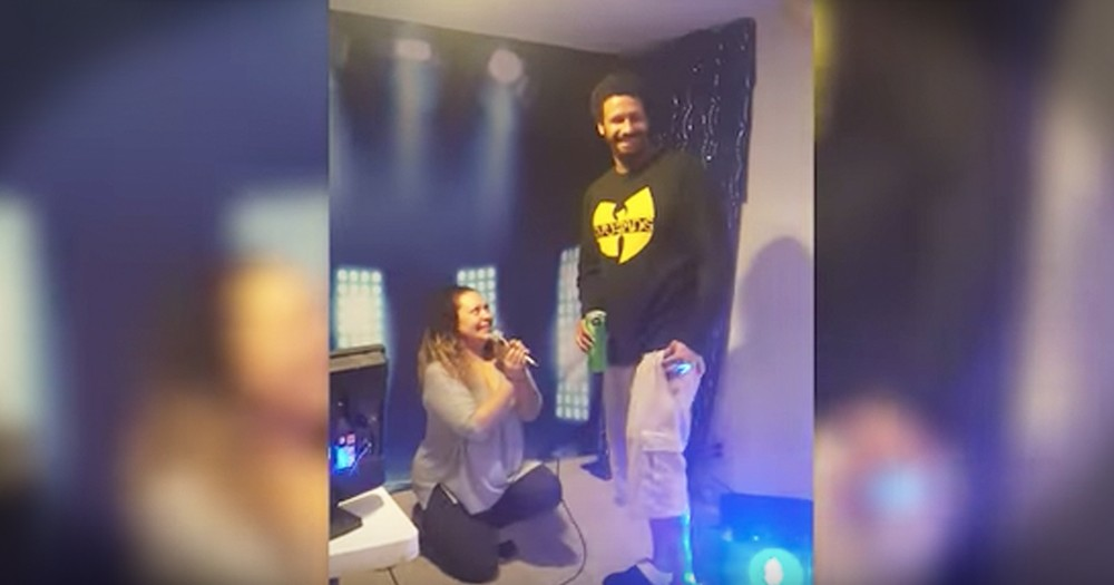 Couple Proposes At The Same Time