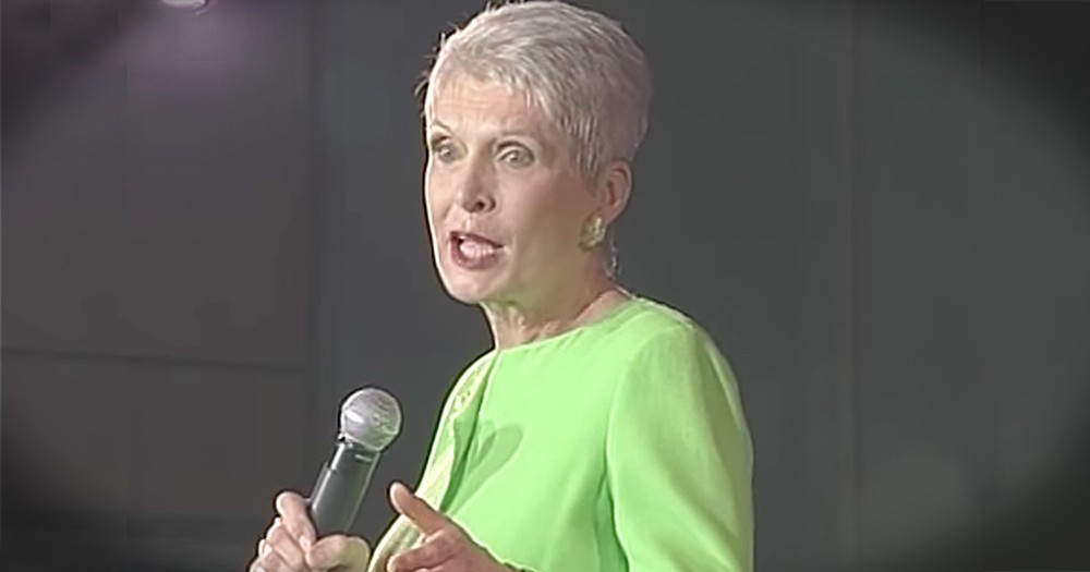 Jeanne Robertson Hilariously Asks Left Brain About His Thoughts