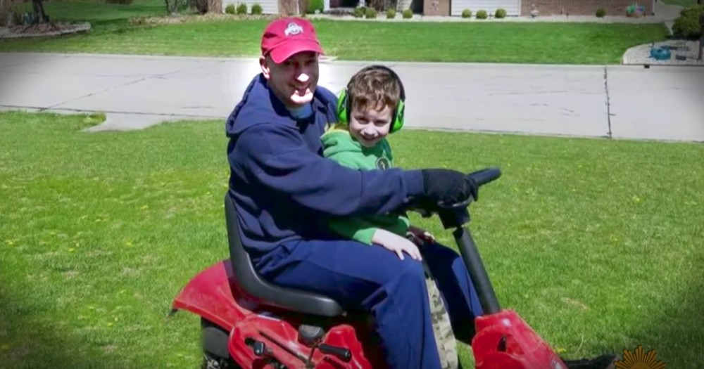 Neighbor Kindly Does Yard Work With Heartbroken Boy