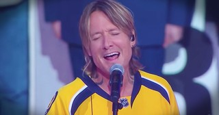 Keith Urban Sings The National Anthem Live For The First Time