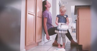 Mom Sees Stressful Day Through Eyes of Toddler Who Thought It Magical