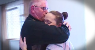 Woman Reunites With Biological Father After 32 Years